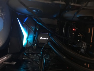 LightRoomのために自作PC 組み立て編